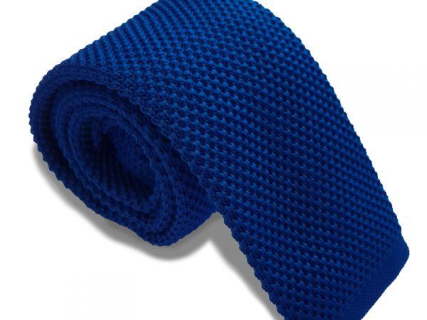 blauwe-gebreide-stropdas